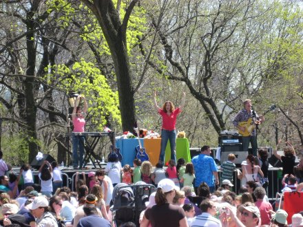 Laurie Berkner at Central Park