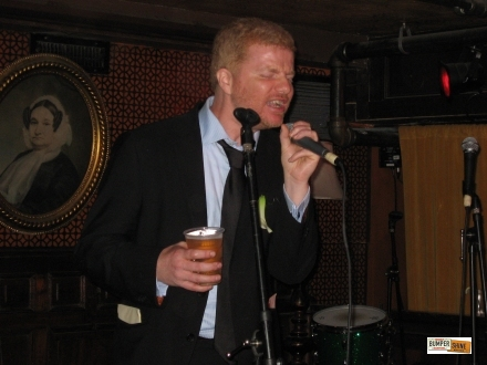 Crooner A.C. Newman sings Phil Collins @ Union Hall