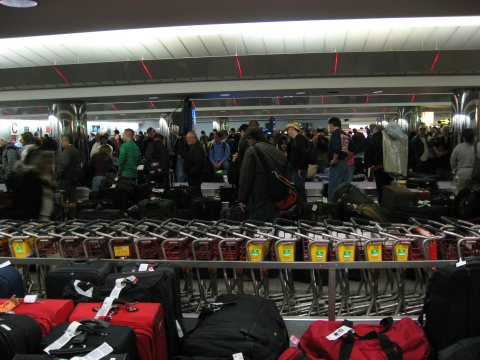 AA Baggage Claim at LGA 01|02|07
